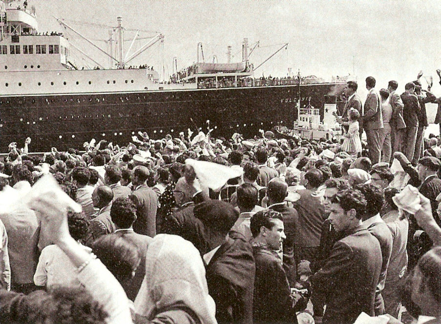 migrants_leaving_naples_1950s