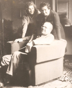 nicola_bottari_family_1942