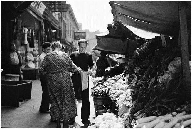 little_italy_fruit_vegetables_1930s